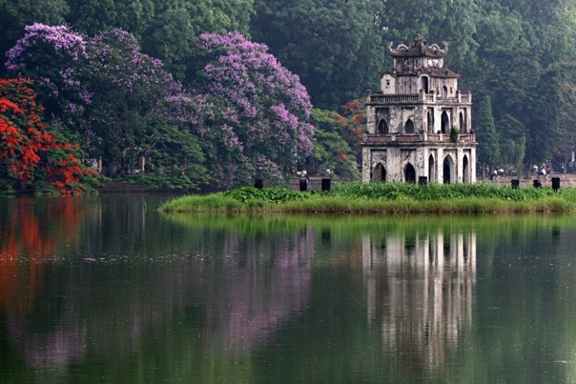 8 Things To Do On Your First Trip To Hanoi + Travel Tips